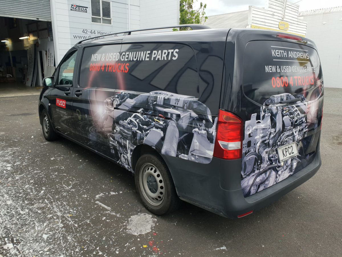 Van Sign Writing for Keith Andrews Trucks Whangarei
