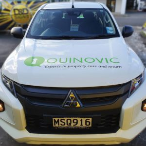 Quinovic vehicle signage front view