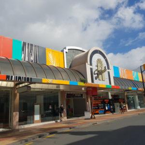 Building wraps Whangarei Strand Arcade