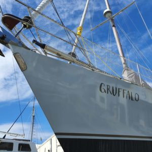 Grufflao Sign Writing on Yacht